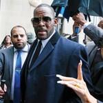 R. Kelly Trial: Non-Fan of Singer Describes Still Falling Prey to Him thumbnail