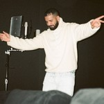 Drake Beats Drake for Spotify Single Day Streaming Record thumbnail