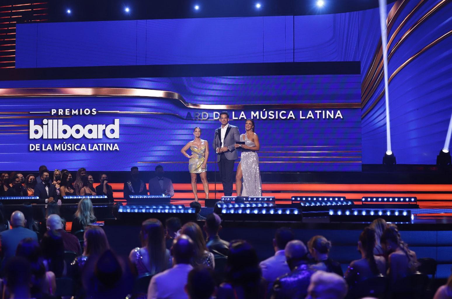 Adamari Lopez, Mariana Seoane, Cristián de la Fuente
