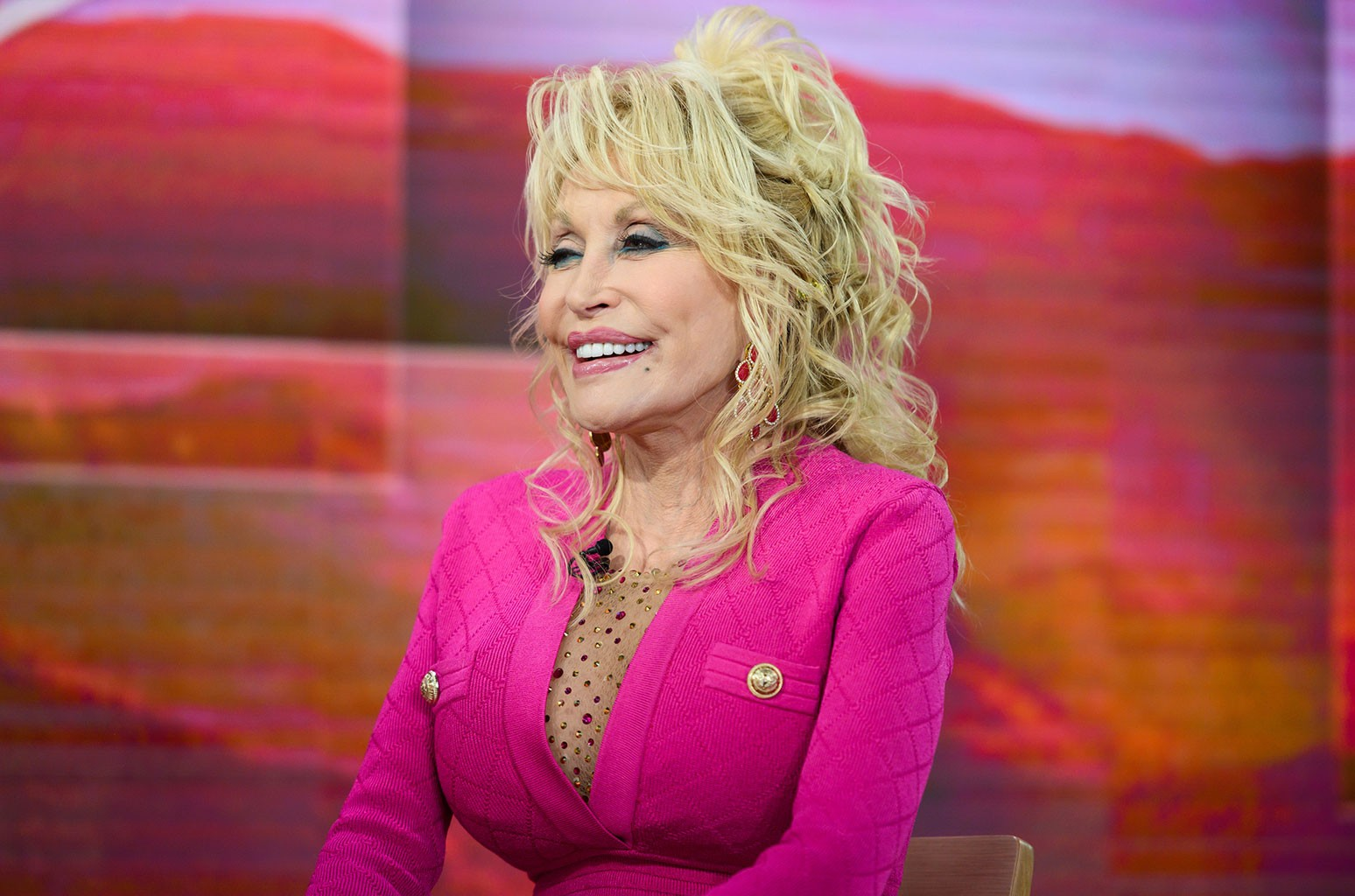 Dolly Parton and Businesses Raise $700K For Tennessee Flood Relief