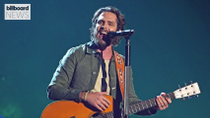 Thomas Rhett's 'Country Again' Tops Country Airplay Chart | Billboard News