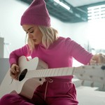 Katy Perry Strums, Sings Beatles' 'All You Need is Love' in Holiday Gap Ad