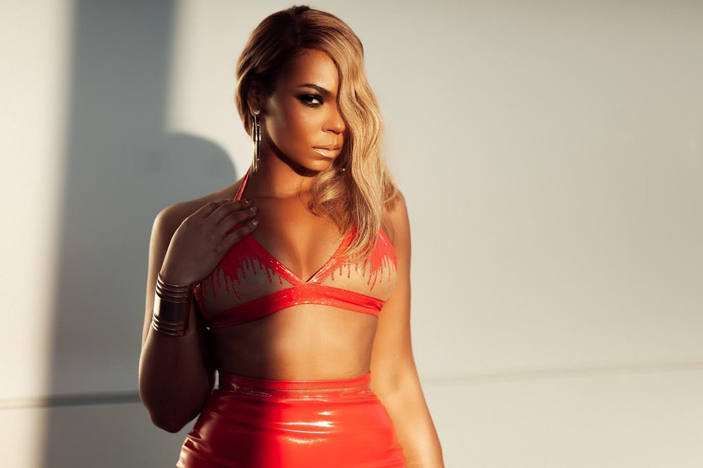 01-ashanti-cr-randy-tran-billboard-embed