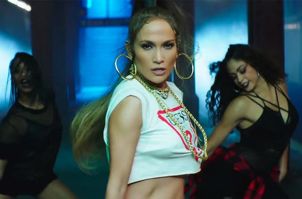 """Jennifer Lopez ft. Wisin, """"Amor Amor Amor"""""""