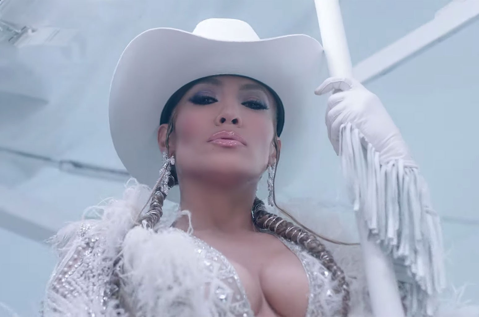 """Jennifer Lopez, """"Medicine"""""""