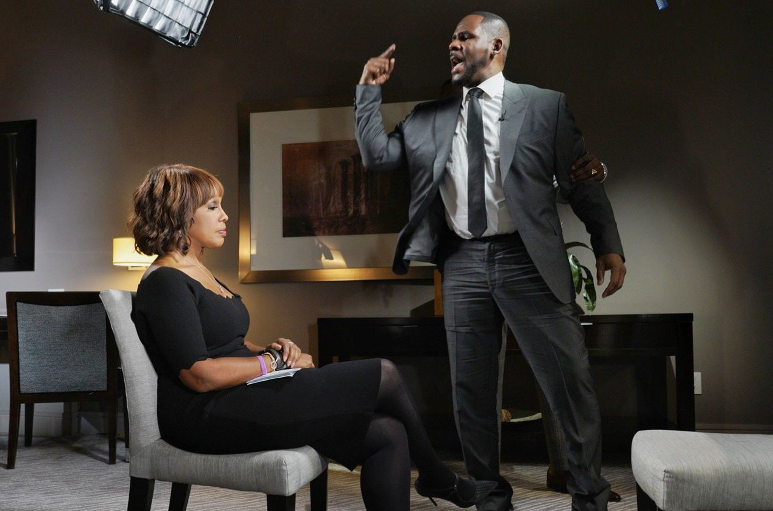 Gayle King On Keeping It Cool During Tense R Kelly Interview I Just Knew That I Was Never In Danger Billboard Billboard