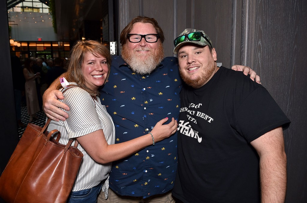 Lynn Oliver-Cline, Chris Kappy and Luke Combs