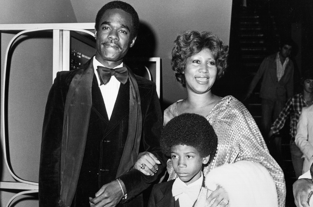 Aretha Franklin attends an event with husband actor Glynn Turman and son Kelf circa 1978 in Los Angeles.