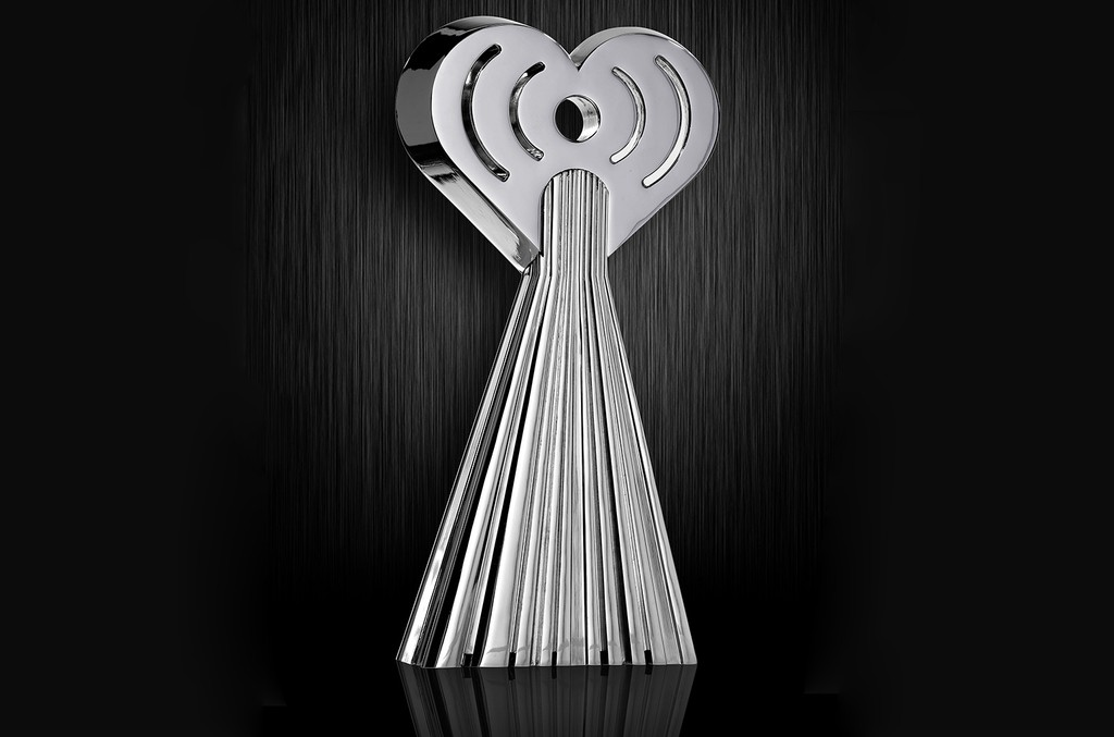 02-iheart-award-statue-billboard-1548