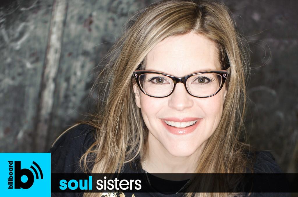 Soul Sisters Podcast: Lisa Loeb