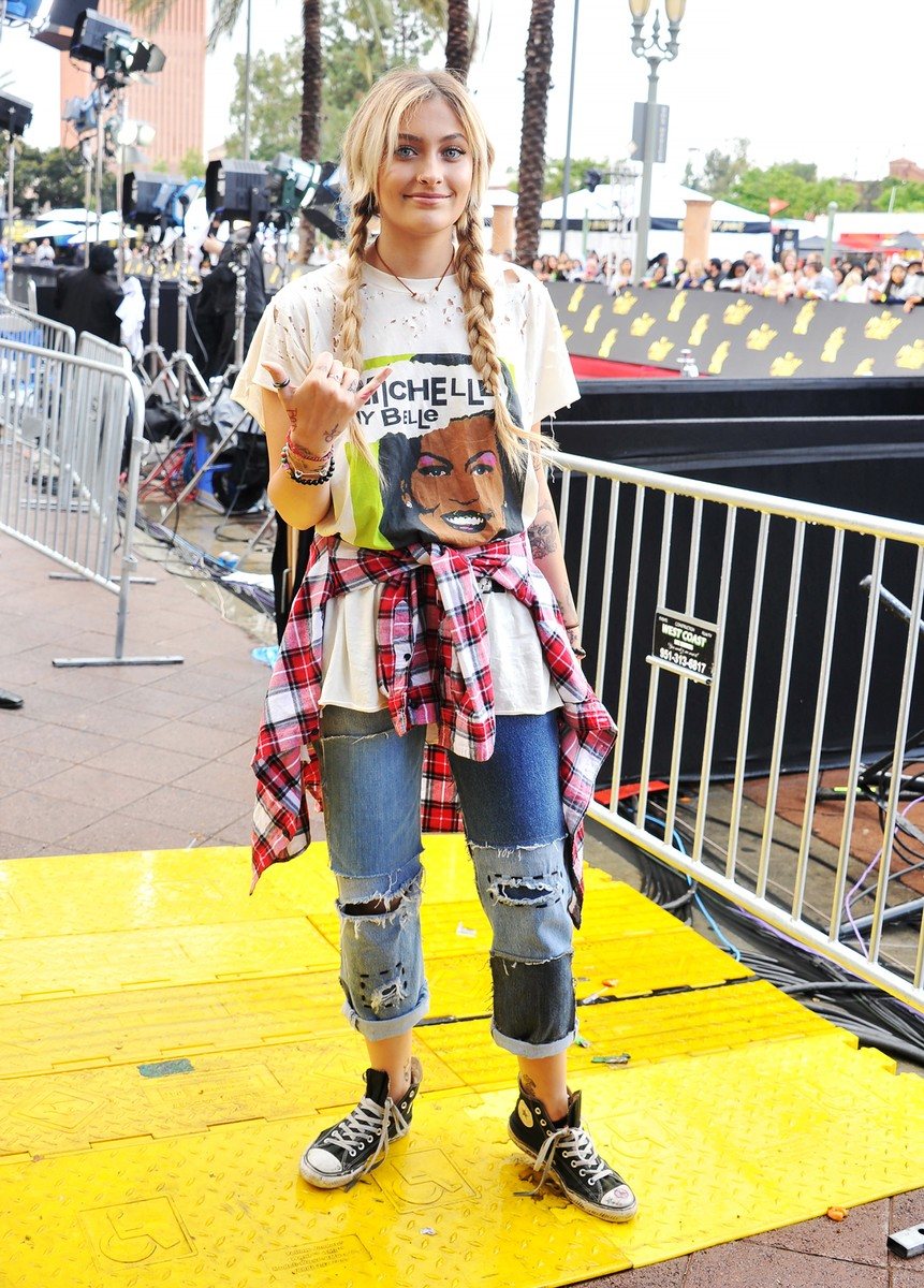 Paris Jackson arrives at the 2017 MTV Movie and TV Awards at The Shrine Auditorium on May 7, 2017 in Los Angeles.