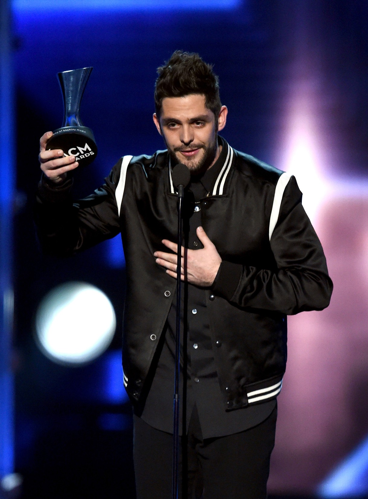 Thomas Rhett accepts the Male Vocalist of the Year award onstage during the 52nd Academy Of Country Music Awards at T-Mobile Arena on April 2, 2017 in Las Vegas.