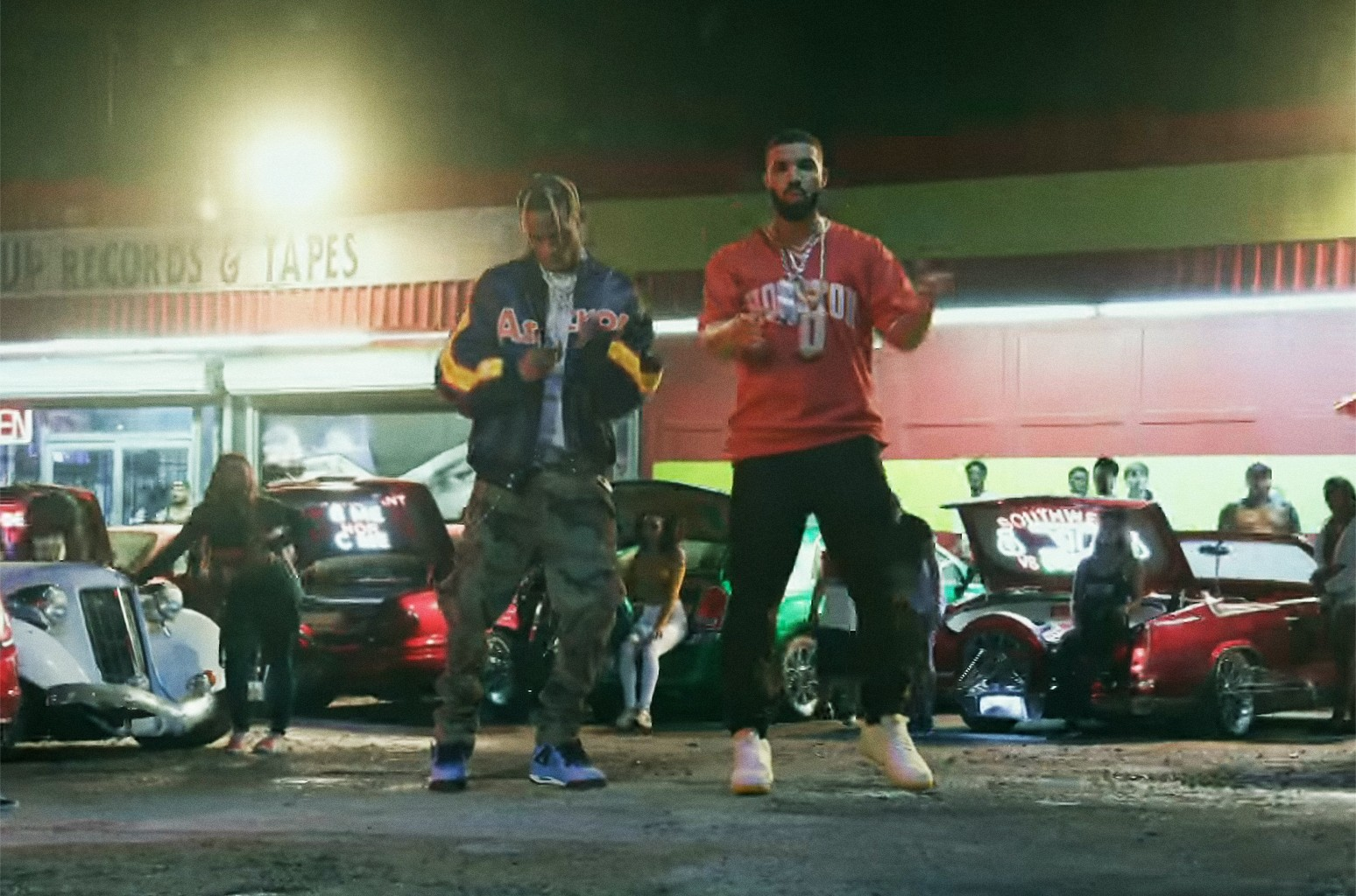 "Travis Scott ft. Drake, ""SICKO MODE"""