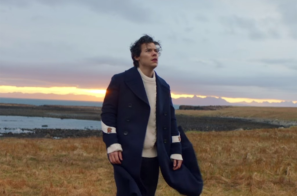 "Harry Styles ""Sign of the Times"""