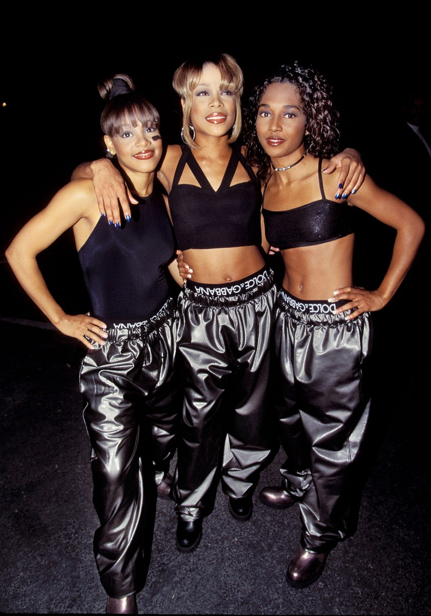 TLC photographed during the 1995 MTV Movie Awards.