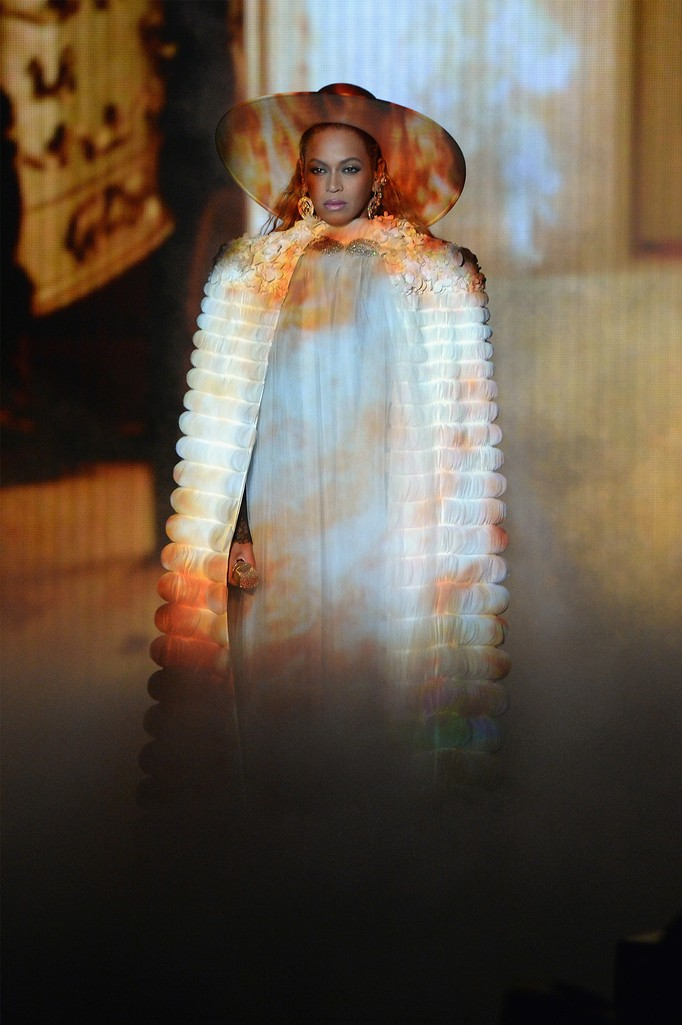 Beyonce performs onstage during the 2016 MTV Video Music Awards