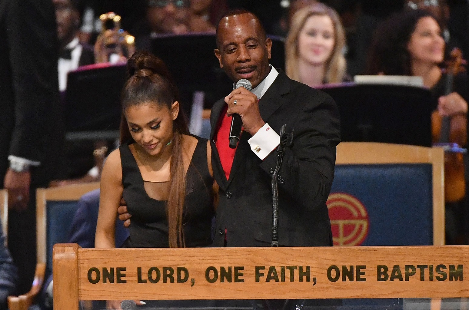 Bishop Charles Ellis chats with Ariana Grande