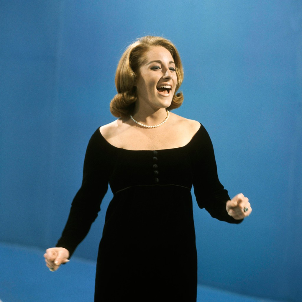 Lesley Gore performing on the TV show 'Thank Your Lucky Stars' at Alpha Studios, Birmingham in 1964.