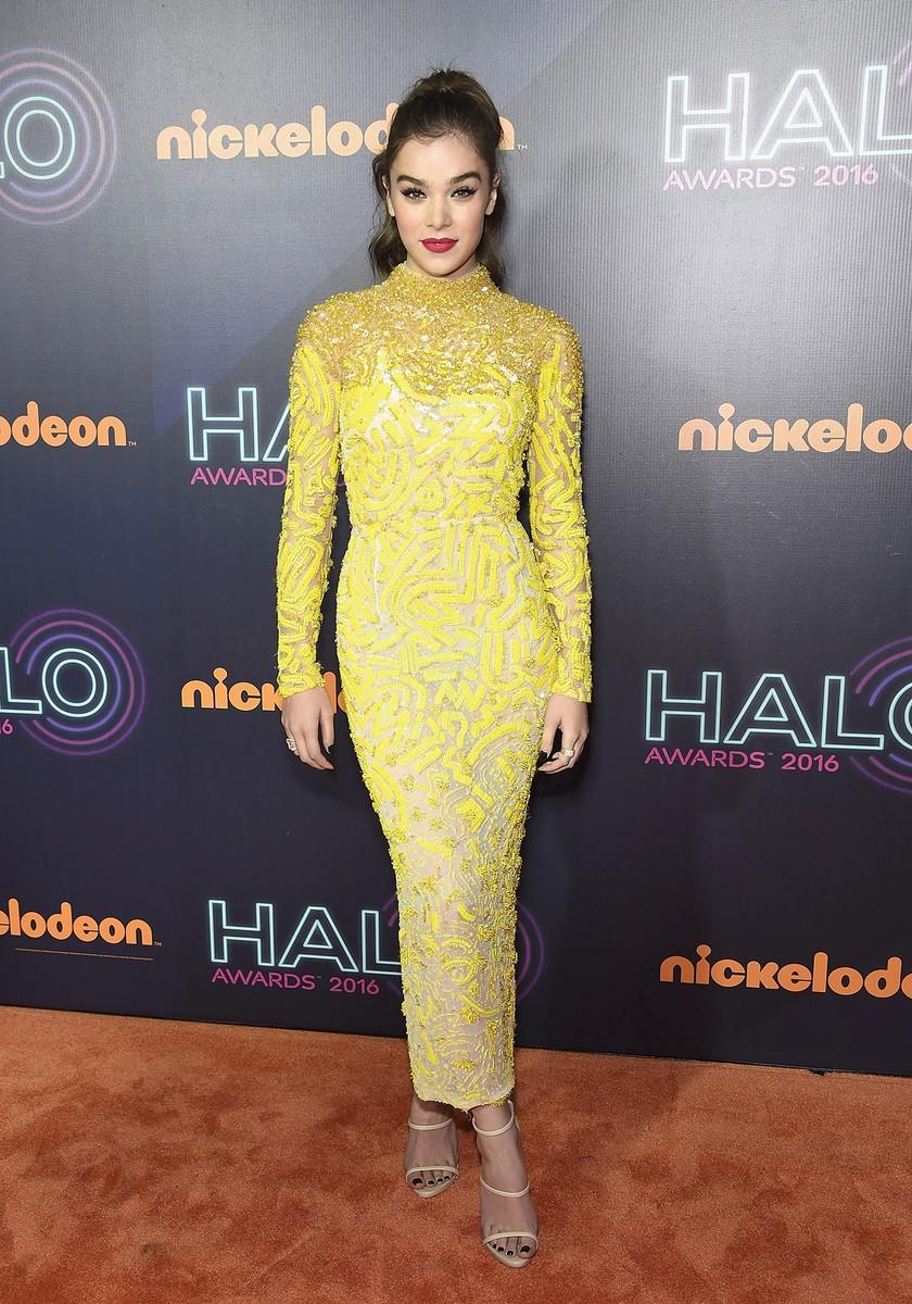 Hailee Steinfeld in 2016