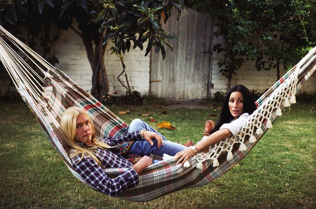 Cher with Gregg Allman in Beverly Hills in 1977.