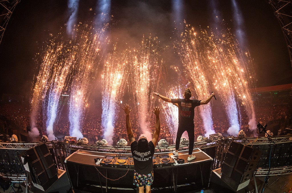 The Chainsmokers, 2017
