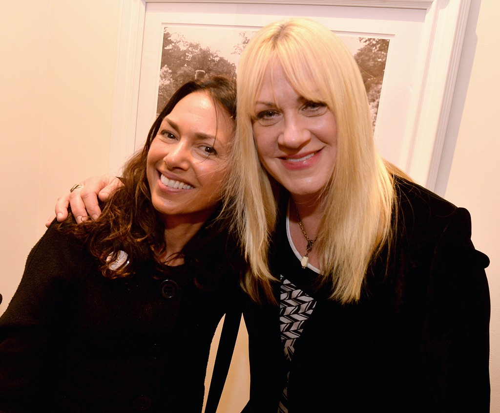 Susanna Hoffs and Debbi Peterson of The Bangles