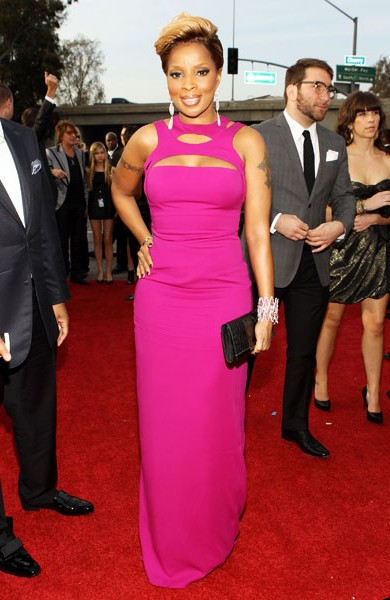 17-mary-j-blige-fashion-magenta-dress-600