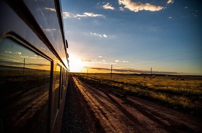 17stn-to-stn-train-650b