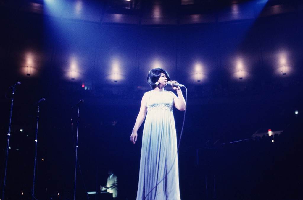 aretha Franklin performs during a concert at Madison Square Garden on June 28, 1968 in New York City.