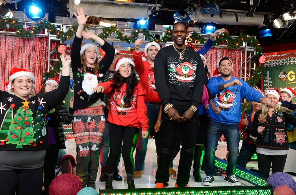 2-chains-gma-ugly-sweater-2015