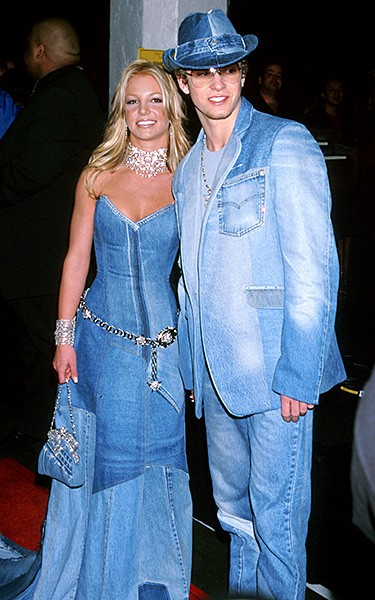 2001jan8-britney-spears-outrageous-fashion-600
