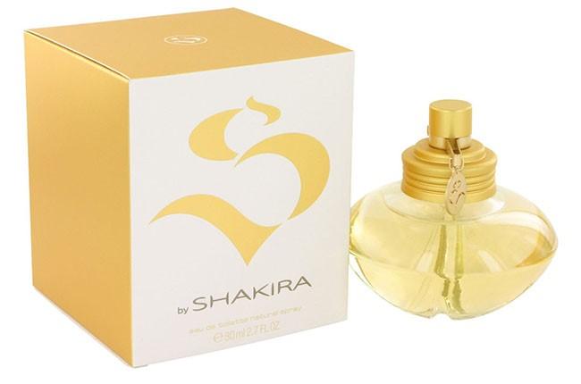 Shakira: S, 2010.