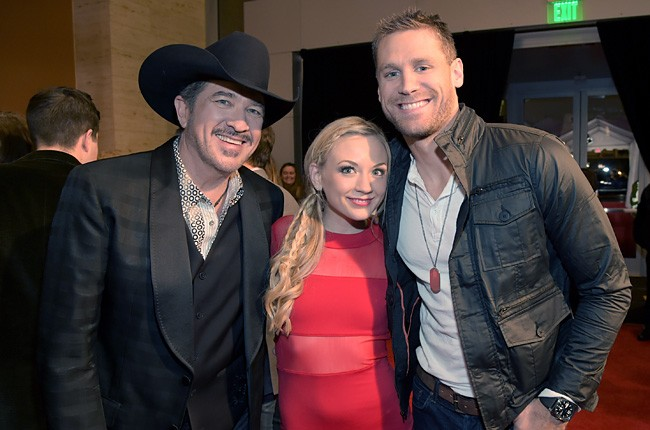 2014-american-country-countdown-awards-chase-rice-kix-brooks-billboard-650