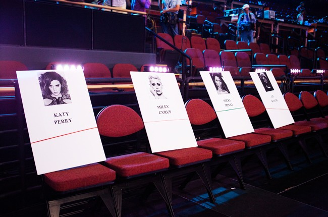 Backstage before the 2014 MTV Video Music Awards