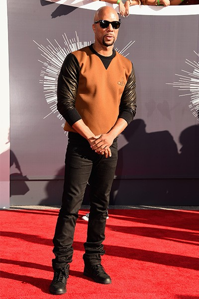 Common arrives at the 2014 VMAs