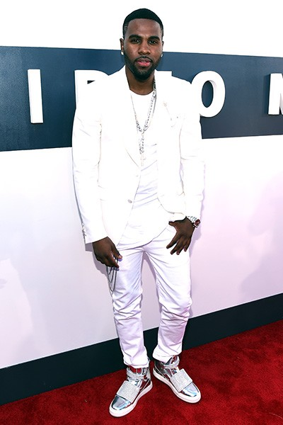 Jason Derulo arrives at the 2014 VMAs
