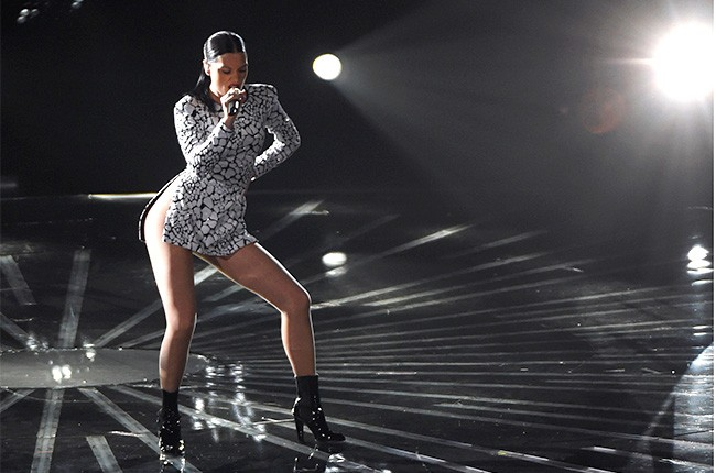 Jessie J performs at the 2014 VMAs