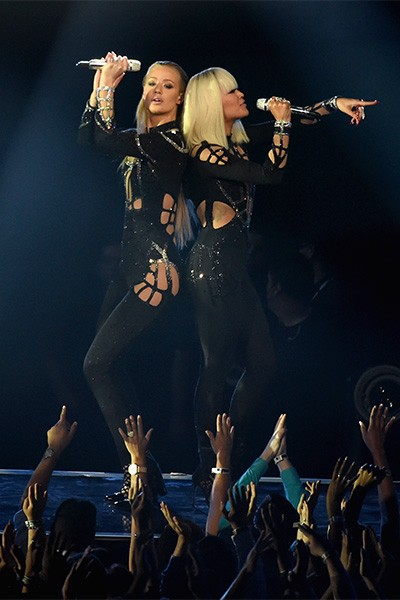 Iggy Azalea and Rita Ora perform at the 2014 VMAs