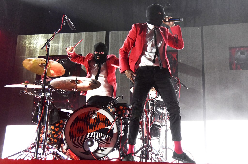 Twenty One Pilots perform in 2016