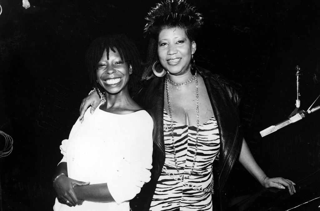 Aretha Franklin and Whoopi Goldberg photographed in 1986.