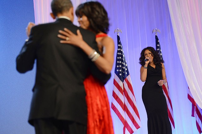 2701519-jennifer-hudson-obama-inauguration-ball-650