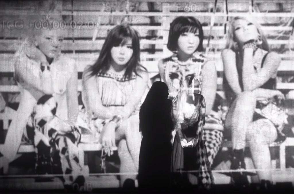 """2NE1 in the video for """"Goodbye."""""""