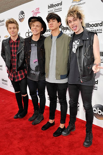 5 Seconds of Summer at the 2014 Billboard Music Awards