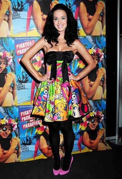 6oct2009-katy-perry-outrageous-fashion-600