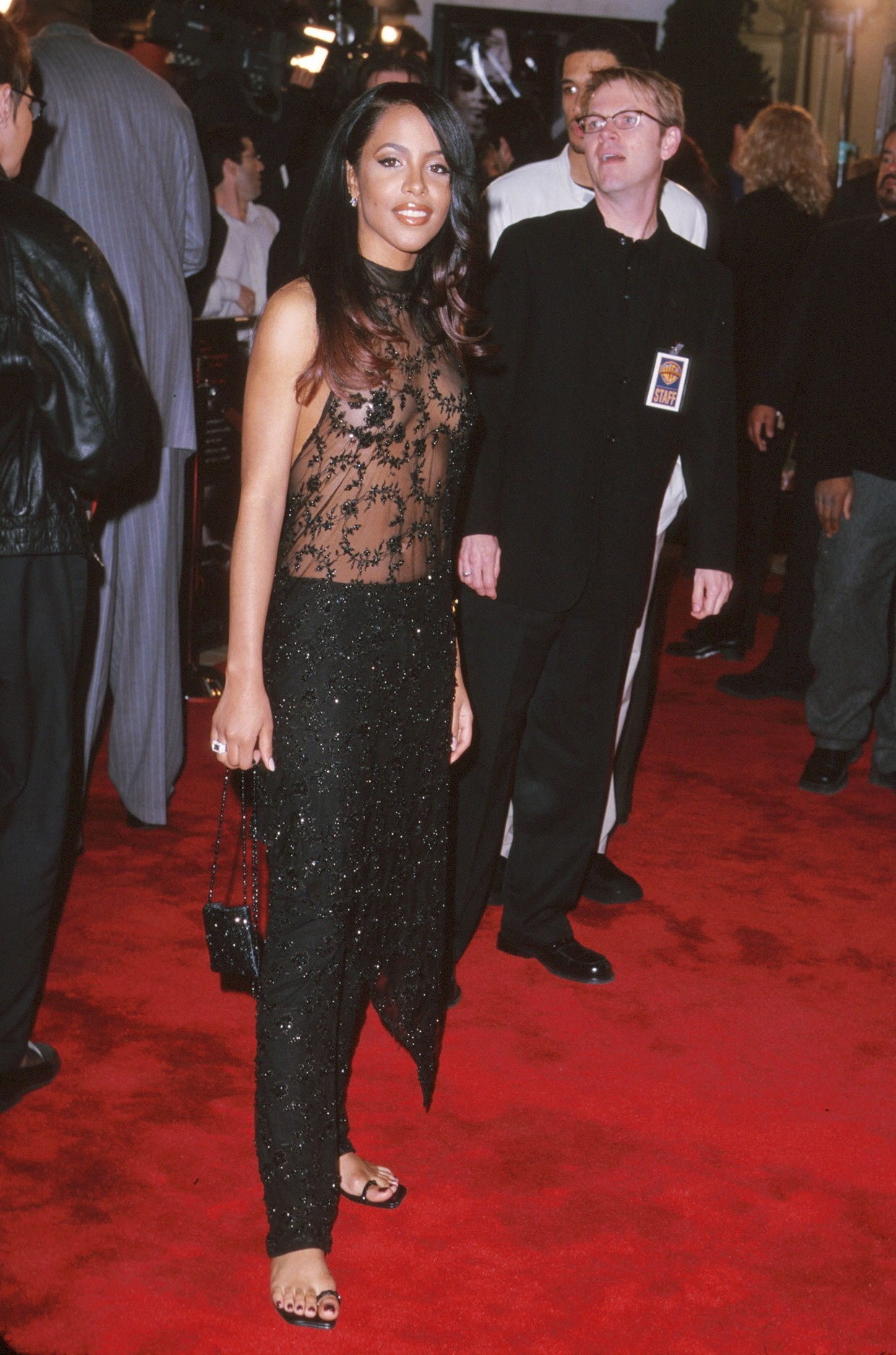 Aaliyah S Fashion Photos Of The Late Star S Iconic Style Looks Billboard Billboard