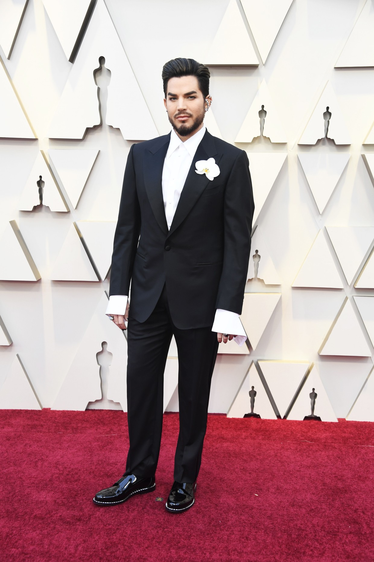 Oscars 2019 Adam Lambert Rocks A Giant Orchid On The Red Carpet Billboard