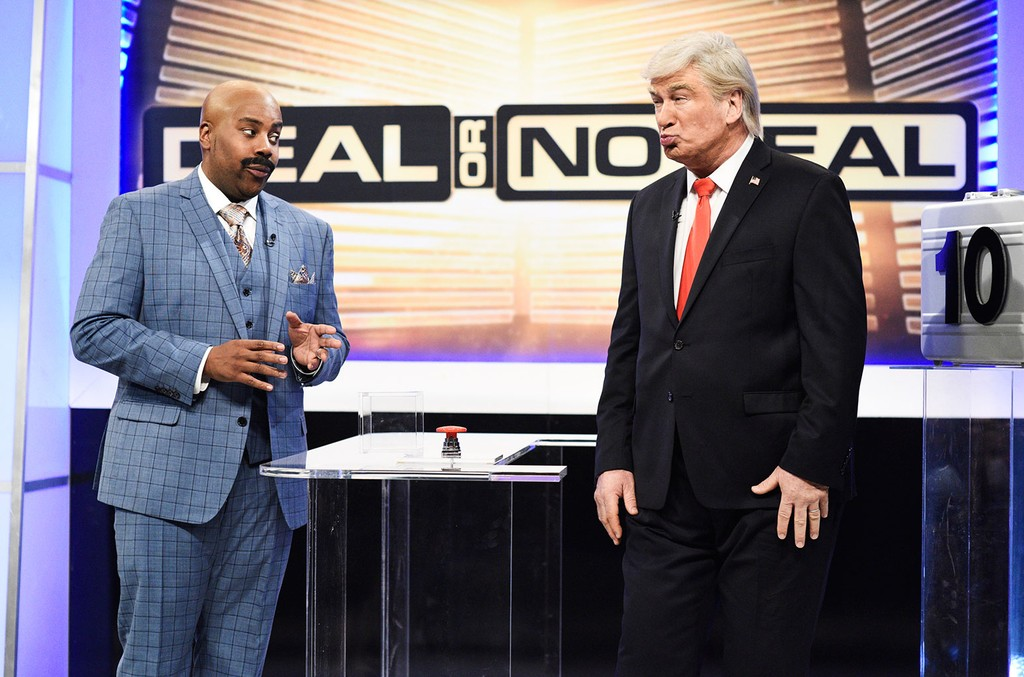 """Kenan Thompson as Steve Harvey and Alec Baldwin as Donald Trump during the """"Deal or No Deal Cold Open"""" sketch on Saturday Night Live on Jan. 19, 2019."""
