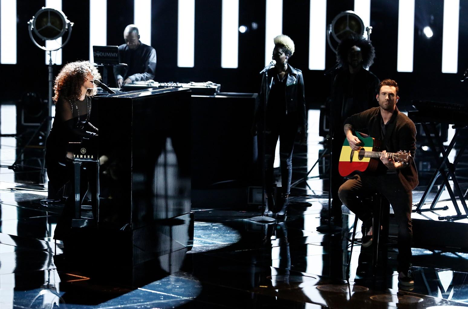 Alicia Keys and Adam Levine perform on The Voice on Nov. 15, 2016.