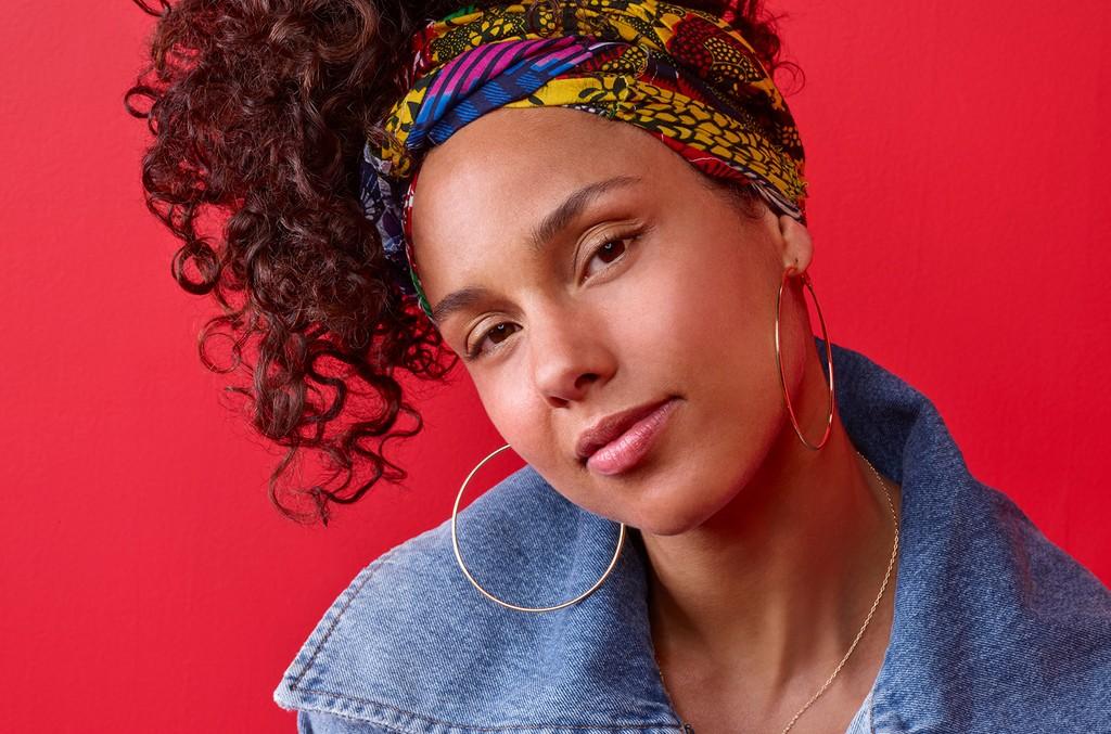 Alicia-keys-portrait-voice-2016-billboard-1548