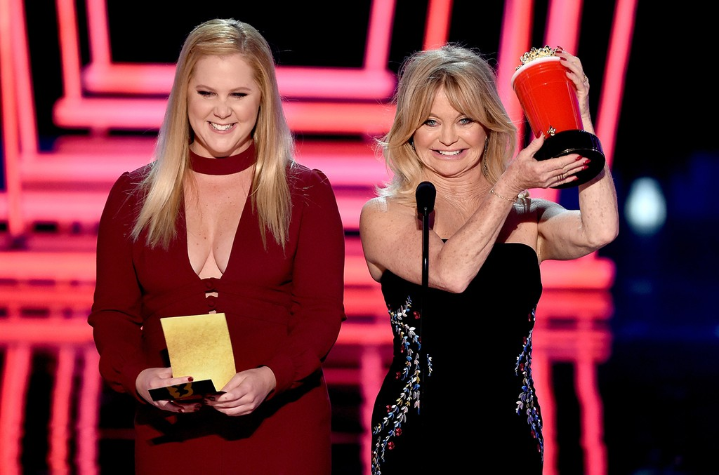 Amy Schumer and Goldie Hawn speak onstage during the 2017 MTV Movie and TV Awards at The Shrine Auditorium on May 7, 2017 in Los Angeles.